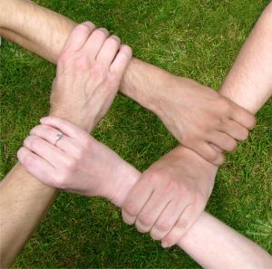 teamwork_hands2